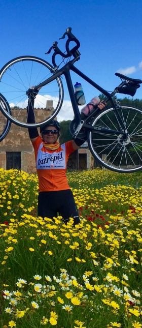 magic-places-cyclists-very-happy-3